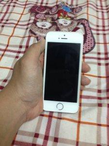 iphone 5s 16gb (GOLD), quốc tế,máy đẹp, zin nguyên con