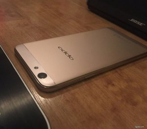 Oppo f1s gold like new