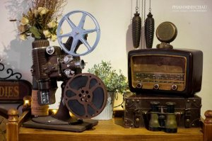 Máy chiếc phim nhựa 16mm Filmo Projecto