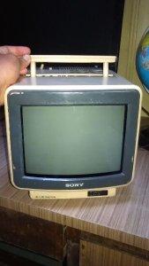 Bán tivi mini Sony xưa.