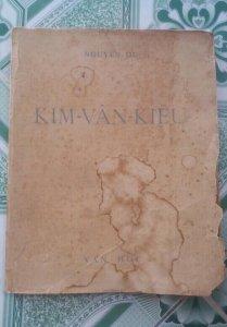 bán cuốn sách xưa KIM VÂN KIỀU  năm 1951