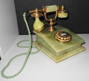 Điện thoại đẹp đang bán tại Đức kính các bác tham khảo :