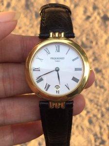 Đồng hồ chính hãng,bọc vàng, saiz 33.. LH. 0963 19 29 49