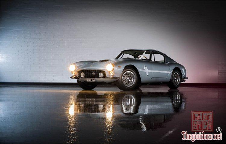 Bo-suu-tap-Ferrari-duoc-nha-dau-gia-RM-Sotheby's-chuan-bi- dua-ra (1).jpg