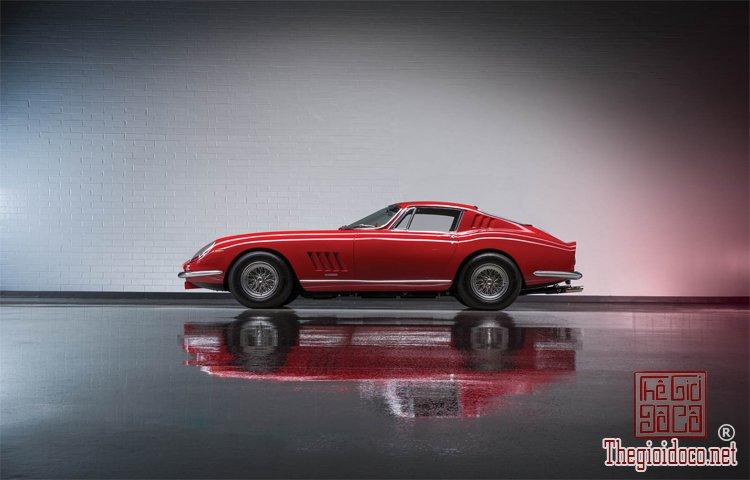 Bo-suu-tap-Ferrari-duoc-nha-dau-gia-RM-Sotheby's-chuan-bi- dua-ra (6).jpg
