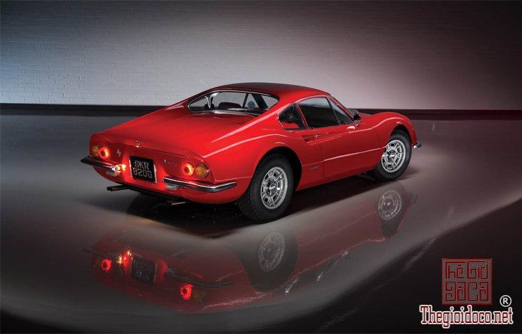 Bo-suu-tap-Ferrari-duoc-nha-dau-gia-RM-Sotheby's-chuan-bi- dua-ra (8).jpg