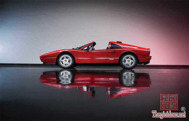 Bo-suu-tap-Ferrari-duoc-nha-dau-gia-RM-Sotheby's-chuan-bi- dua-ra (21).jpg