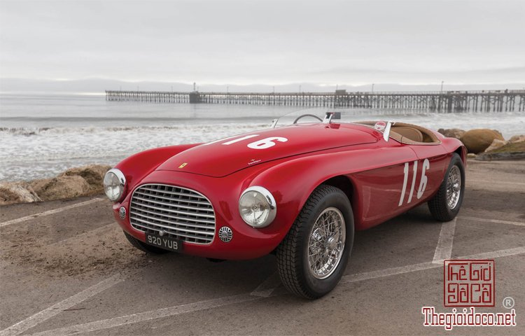 Ferraris-116-mot-trong-nhung-chiec-Ferraris-cuc-hiem-duoc-dua-ra-dau-gia (3).jpg