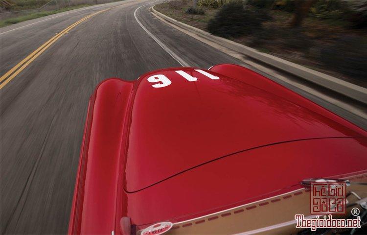 Ferraris-116-mot-trong-nhung-chiec-Ferraris-cuc-hiem-duoc-dua-ra-dau-gia (21).jpg
