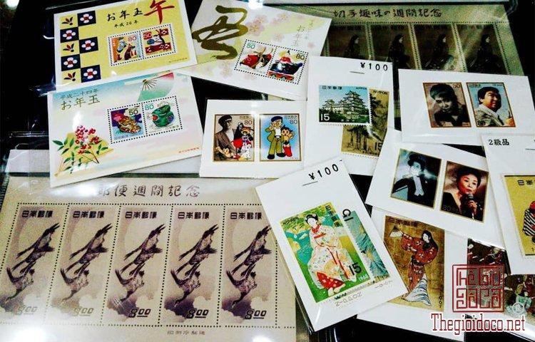 Cua-hang-do-co-Wasendo-o-Asakusa-duoc-vi-nhu-mot-bao-tang-tien-dong-xu-co-o-Nhat-Ban (1).jpg