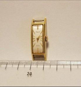 Đồng hồ vàng