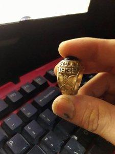 Nhẫn cổ
