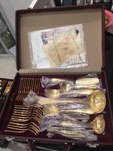 Vali dao dĩa mạ vàng 24K sản xuất tại đức