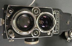 Phát hiện được kho báu máy ảnh cổ dưới tòa soạn báo được xây dựng từ năm 1950