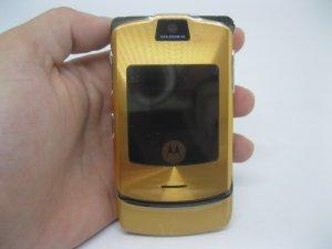 Motorola V3i màu vàng Gold cực đẹp