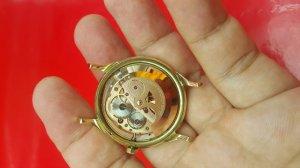Đồng hồ Omega Constellation bát up vỏ vàng khối 14k xưa chính hãng