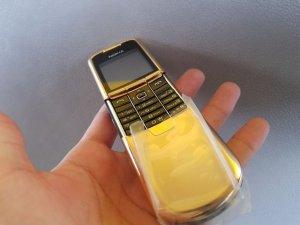 Nokia 8800 Anakin Gold không gì đẹp hơn nữa