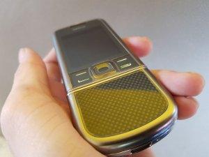 Nokia 8800 Cacbon phím 2 tầng dán keo trong đẹp như mới