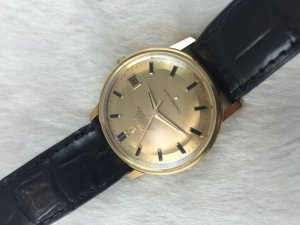 Omega Constellation 250 Chronometer Automatic solid 18k gold Case & Dial's Black Stone Cal561