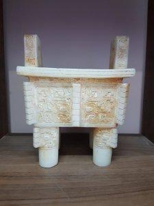 Bộ 3 đỉnh hương bạch ngọc thời nhà Hán