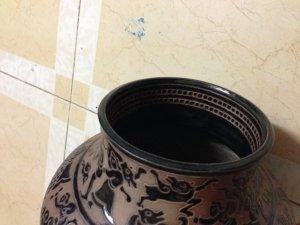 Bình gốm cổ Biên Hòa hoa văn nổi