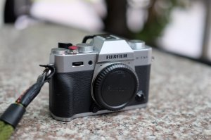 Fujifilm XT10 silver likenew fullbox