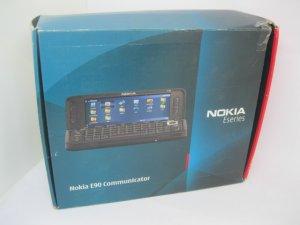 Nokia E90 Fullbox nồi đồng cối đá