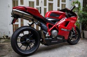 Ducati 848 Date 2009