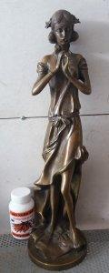 Tượng cô gái thổi sáo bằng đồng nước ngoài rất đẹp