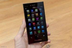 Cần bán điện thoại BlackBerry Leap