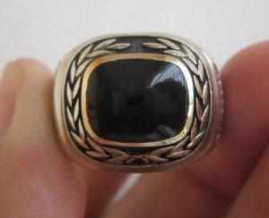 Nhẫn mỹ vàng bá cấm hột đá đen tự nhiên, rất nặng vàng, size 21.
