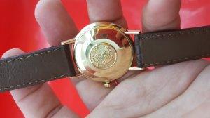 Omega seamaster deville vỏ vàng khối 18k xưa chính hãng