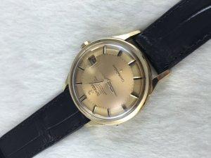 "Omega Constellation Chronometer Automatic Pie Pan ""dog leg"" solid 18k gold Case & Dial Cal561"