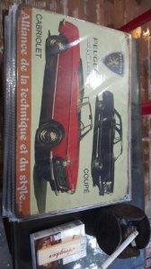 Tấm quảng cáo xe bằng sắt, rất đẹp để trang trí quán xá và phòng khách.