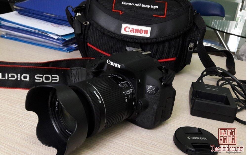Canon-700D (1).jpg