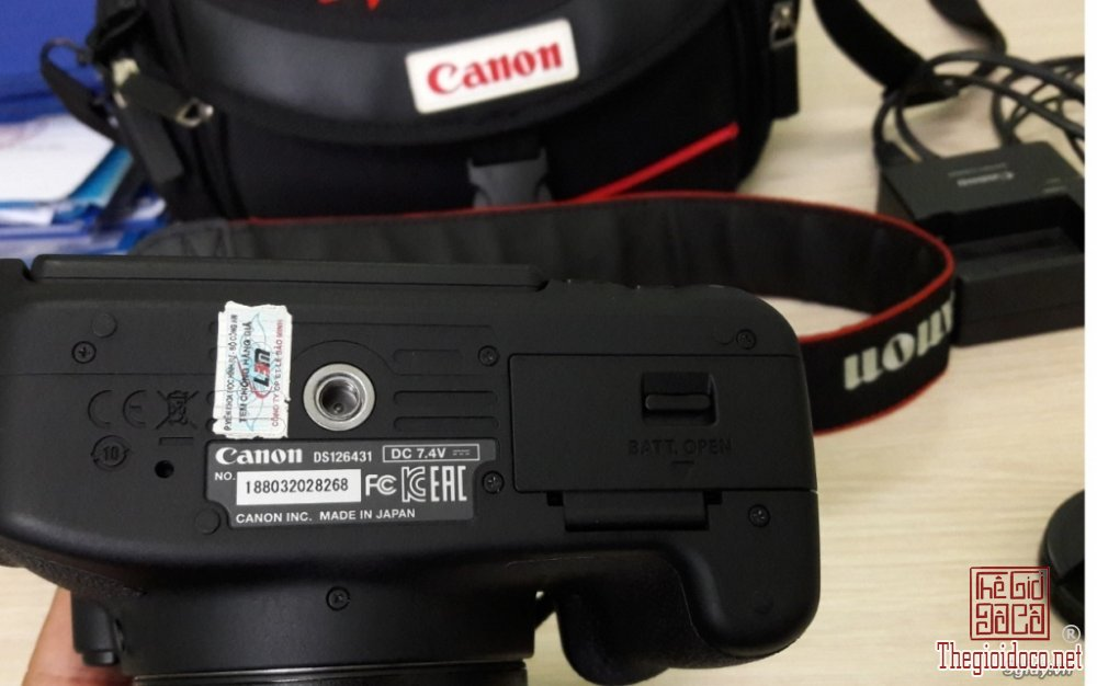 Canon-700D (5).jpg