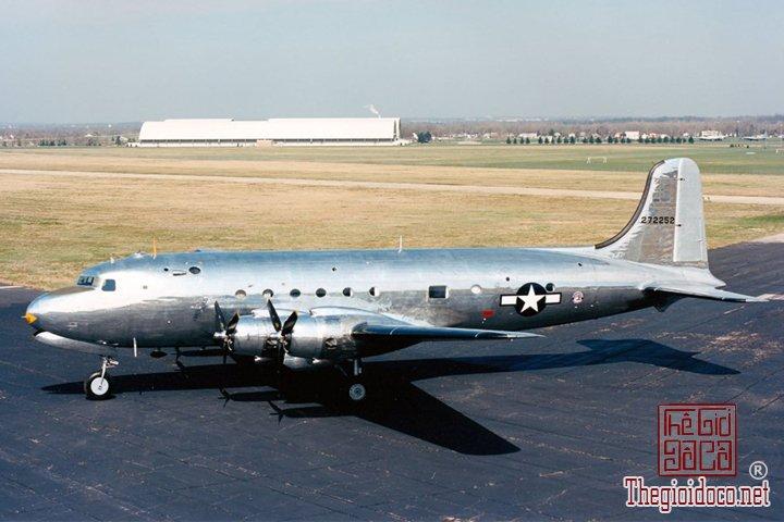 Air-Force-One-hang-chuyen-co-luon-duoc-cac-tong-thong-My-su-dung-suot-mot-the-ky-qua (4).jpg