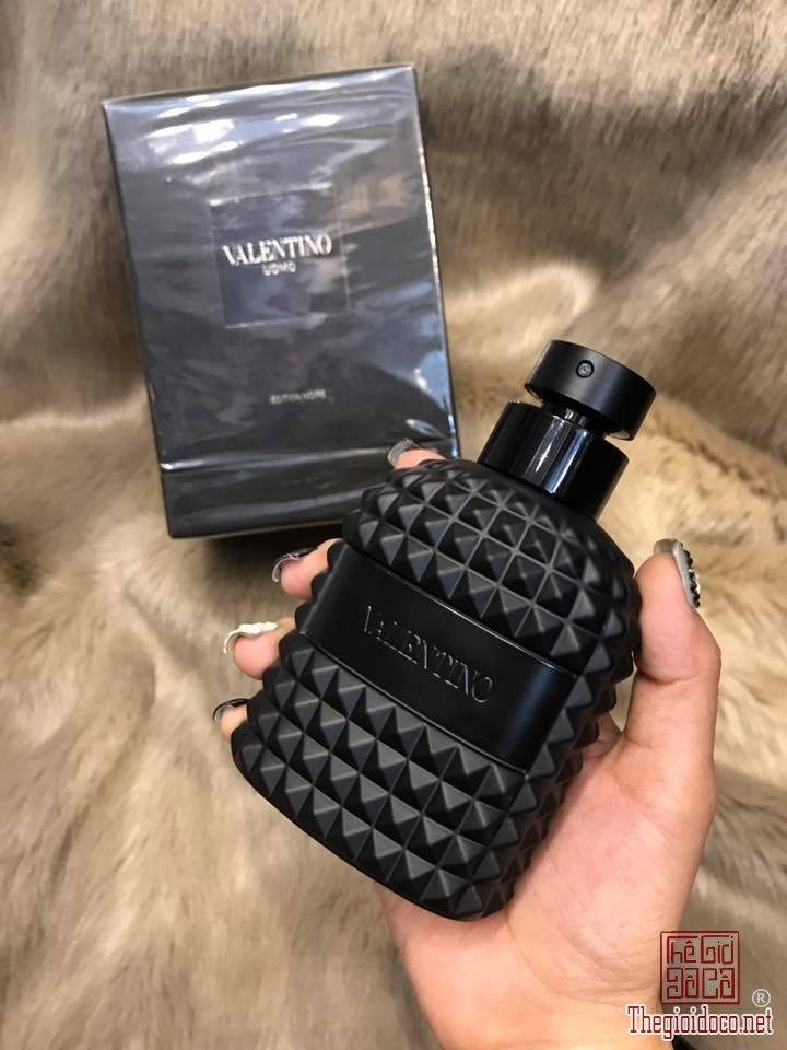 Valentino-Uomo-Edition-Noire-edt-100ml (1).jpg