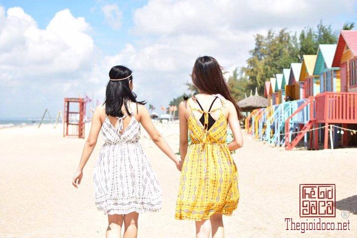 Review-Lagi-di-Binh-Thuan-gia-re-tha-ho-an-Hai-San-tuoi-song (1).jpg