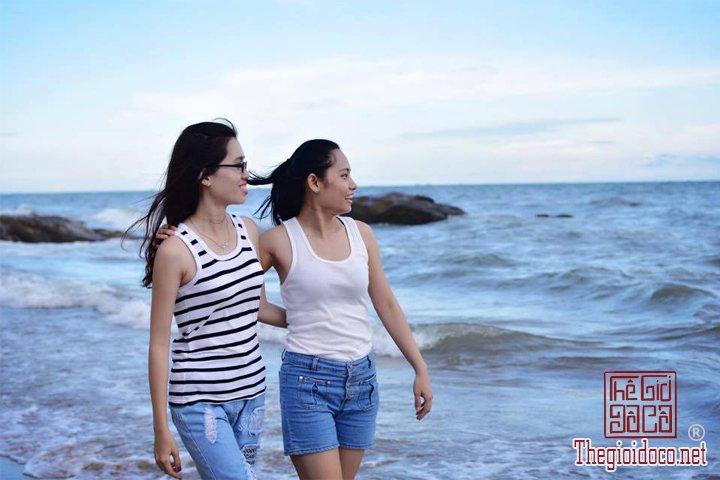 Review-Lagi-di-Binh-Thuan-gia-re-tha-ho-an-Hai-San-tuoi-song (6).jpg