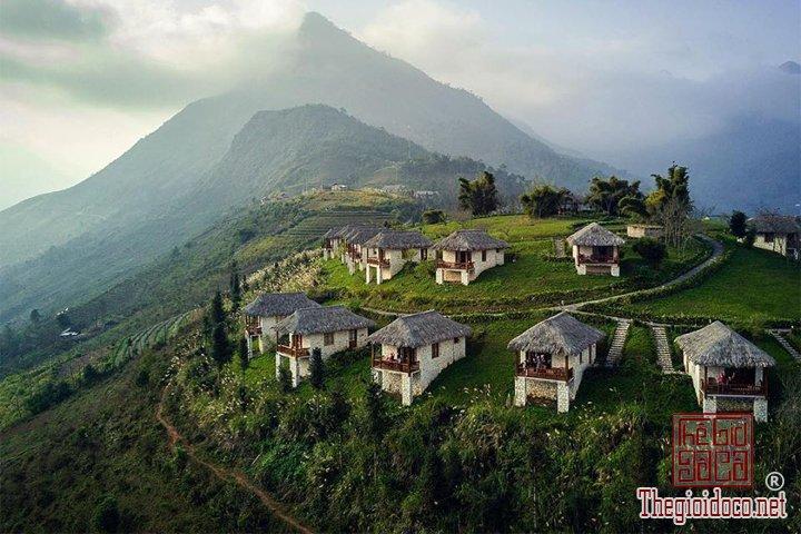 Ngoi-lang-Hobbit-tai-Sapa-ban-da-di-chua-Review-Sapa (1).jpg