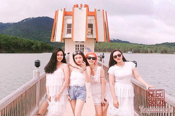 Review-Da-Lat-mong-mo-cuc-ky-chi-tiet-cho-cac-ban-tham-khao-khi-chuan-bi-di (19).jpg