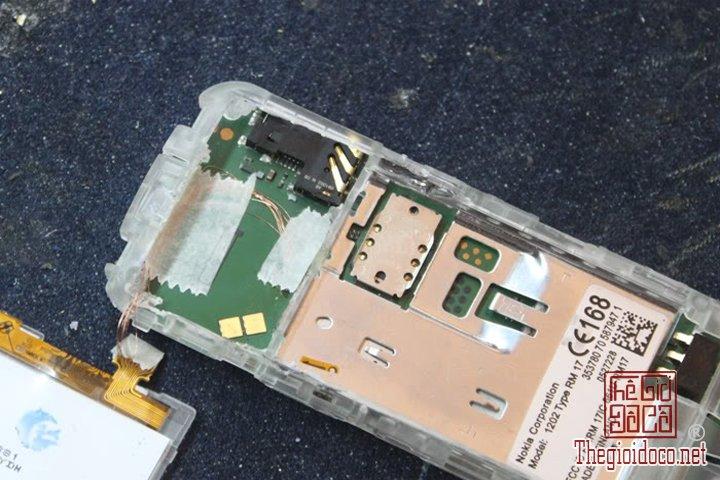 Huong-dan-do-2-man-hinh-cho-Nokia-1202-cuc-ky-don-gian-ma-ai-cung-lam-duoc (12).jpg