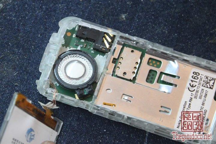 Huong-dan-do-2-man-hinh-cho-Nokia-1202-cuc-ky-don-gian-ma-ai-cung-lam-duoc (13).jpg
