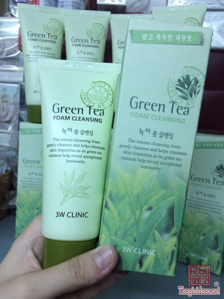 Sua-Rua-Mat-3W-CLINIC-GREEN-TEA-FOAM-CLEANSING.jpg