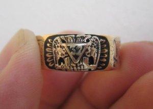Nhẫnmỹ10K Masonic – 06 biểu tượng, hoa văn bên ngoài và bên trong