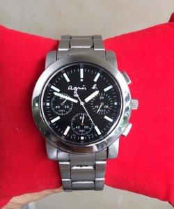 GL đồng hồ dòng Chronoghraph & Titan , Quartz . Giá bình dân .