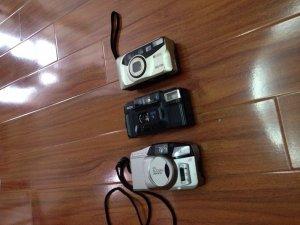 Máy ảnh olympus và 2 máy ricoh