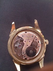 Mặt đồng hồ OMEGA mạ vàng