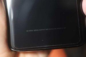 Huong-dan-cach-nhan-biet-va-su-khac-biet-giua-cac-nha-mang-cua-Samsung-Galaxy-S8-S8+ (2).jpg